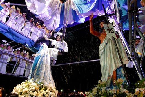 Filipino Catholics celebrate Easter Sunday