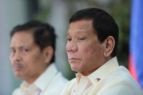 Duterte sacks gov't official over rice importation