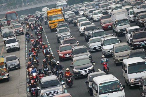 MMDA warns motorists of road repairs in QC