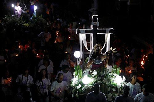 'Puwede bang mag-beach?' Mga payo ng Simbahan tungkol sa Semana Santa
