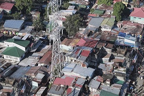 NGCP, may paalala sa mga informal settlers tungkol sa kanilang mga tore