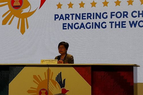 ASEAN civil service pact forged, lone declaration signed in PH hosting