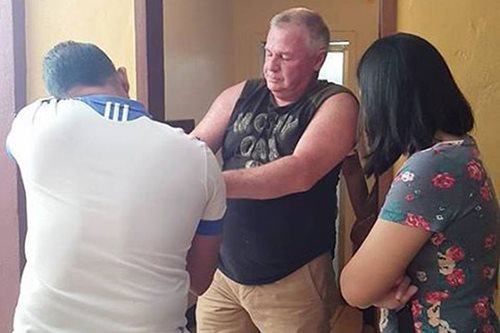 American arrested for bringing minor to a motel in CDO