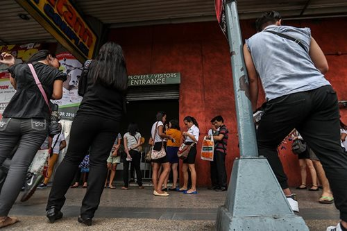 10.4M Filipinos still jobless, optimism dips: SWS