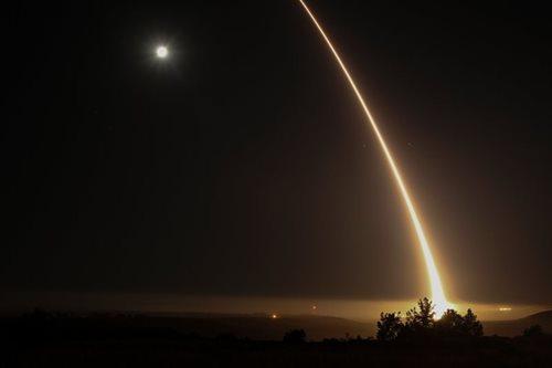 US tests ballistic missile