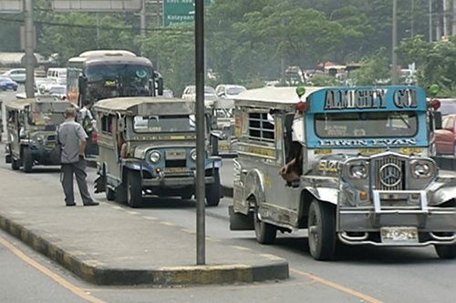 Palace defends suspension of classes on a no-transport-strike day