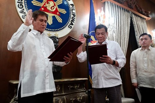 Duterte, DENR chief vow to act against 'destructive' miners