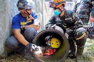 Mga sundalo, sumabak sa rescue ops sa Balikatan 2017
