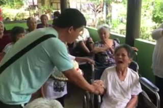 'Hindi nalilimutan': Elderly moms in shelter home receive visit from children