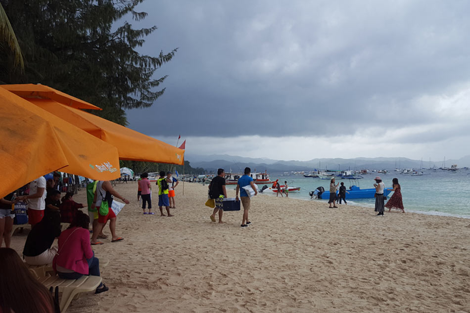 DENR orders closure of 51 Boracay establishments as cleanup begins