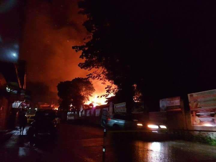 LOOK: Marawi City jail, Dansalan College on fire 1