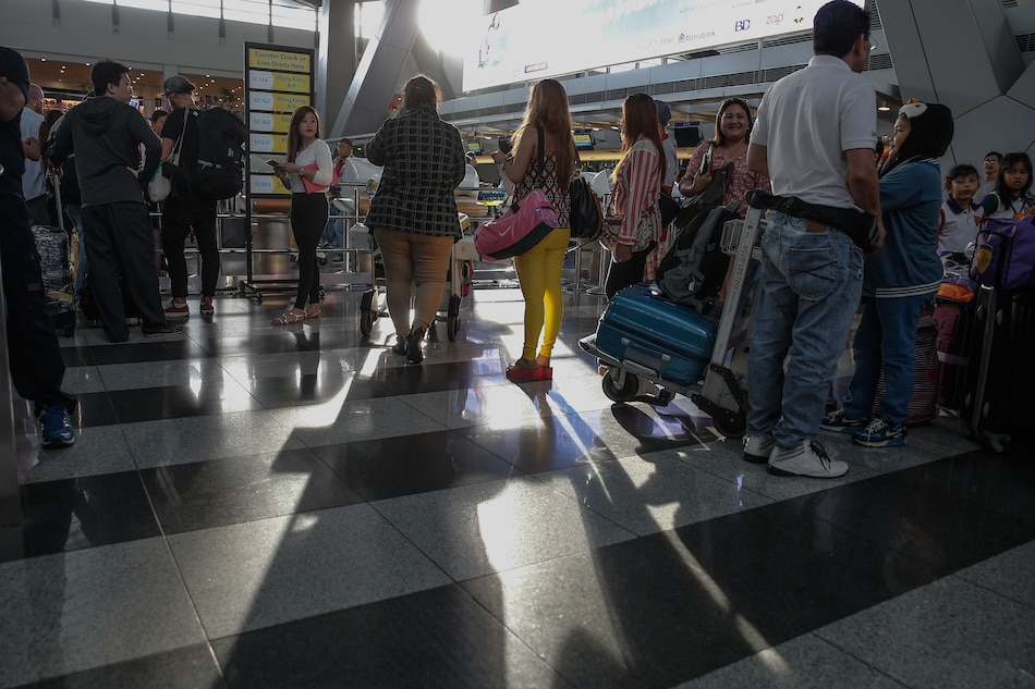 Holy Week travelers urged: Be at airport 3 hours before flight