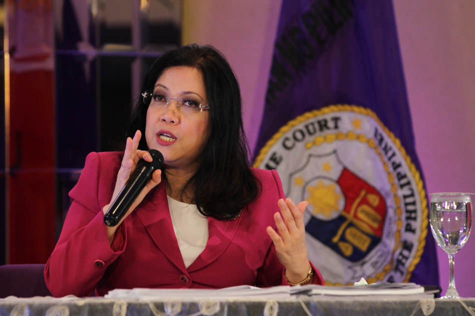 Sereno insists on her right to counsel during impeachment trial