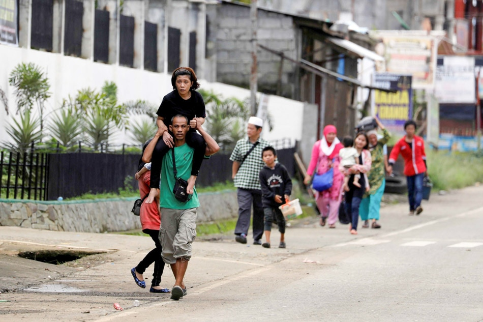 Exodus in Marawi continues