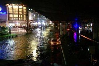 Thunderstorms flood parts of Quezon City, Manila