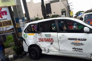 Rescue vehicle, bumangga sa isang taxi sa Bacolod