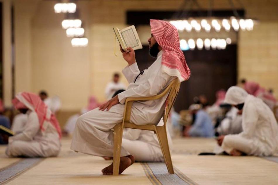 Simple Saudi Arabia Eid Al-Fitr Feast - 062517_saudi  Gallery_615245 .jpg