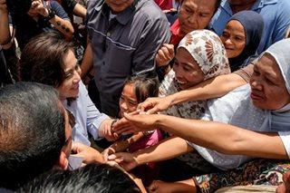 LOOK: Robredo visits Marawi evacuees in Iligan