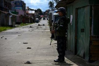 Marawi hostages being forced to fight alongside terrorists: military