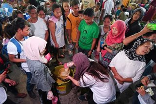 Marawi evacuees get lugaw before SONA