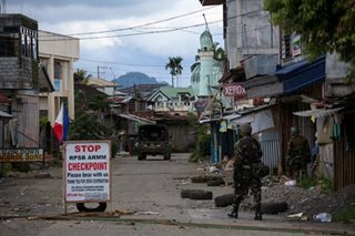 Marawi fighting down to two barangays- military