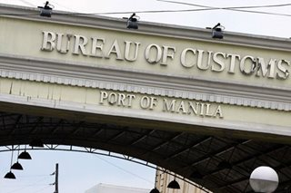 Palace receives resignation letters of 2 Customs officials