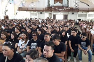 Hundreds pay last respects to slain Parojinogs