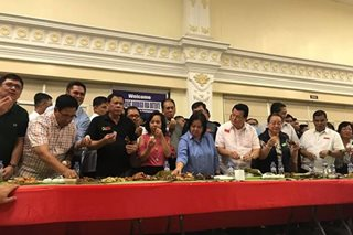 LOOK: Duterte leads chicken boodle fight in Pampanga