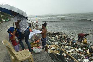 Basura, bumara, dulot ay baha sa Kamaynilaan
