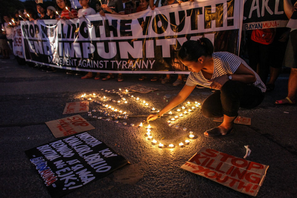 Youth groups condemn killings