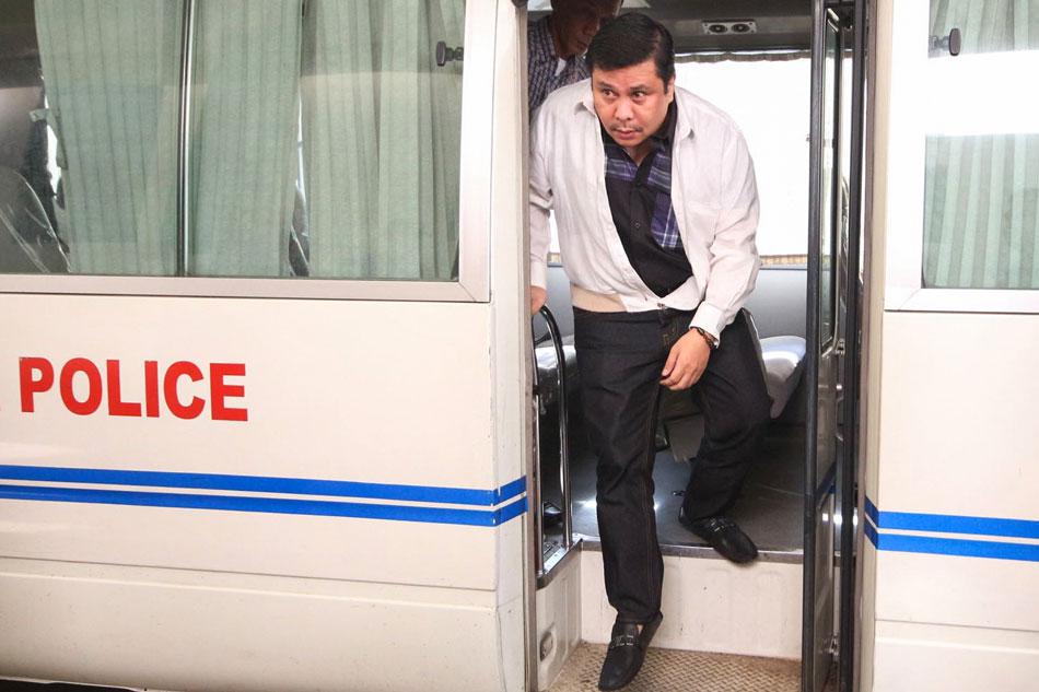 Duterte won't comment on Jinggoy's release