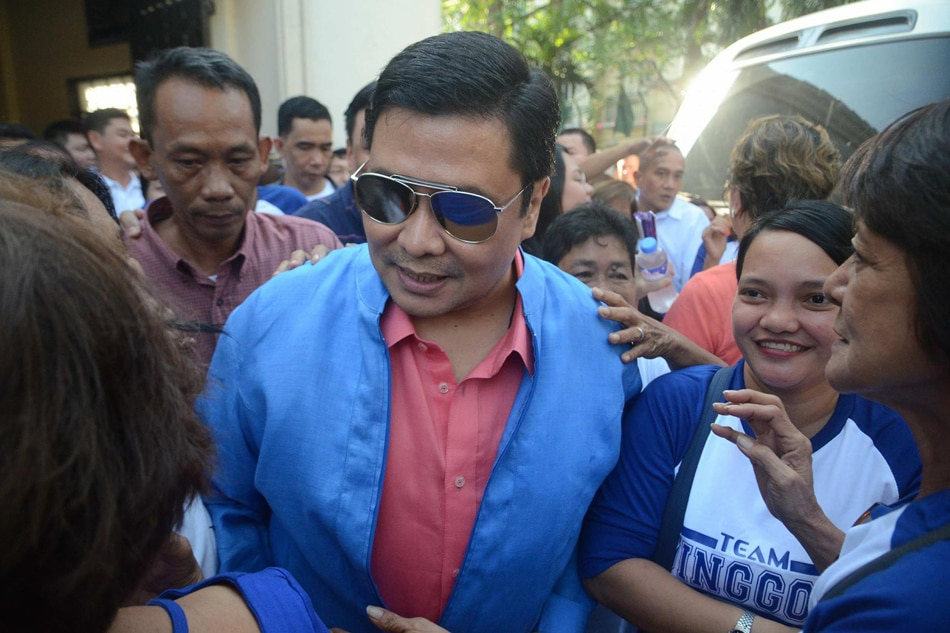 Jinggoy free on P1.33-M bail
