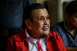 Erap has slipped disc, says Jinggoy
