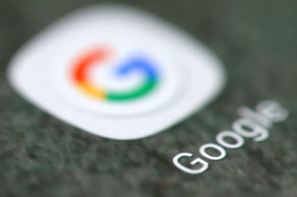 Retailers set sights on Facebook, Google ad revenue 1