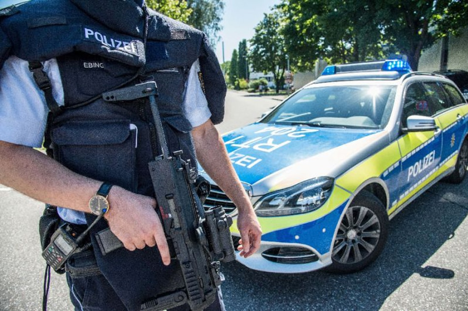 German police looking for man suspected of poisoning baby food