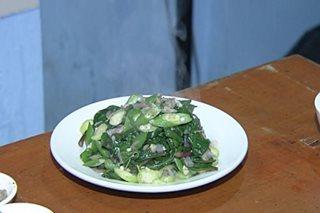 Murang organic gulay at paluto ng veggie dishes, tampok sa isang pamilihan sa QC