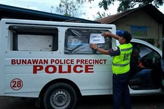 In Davao, stranded passengers get free rides on police vehicles