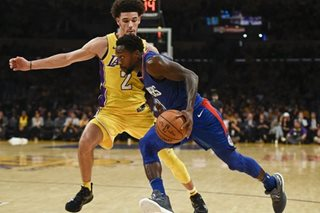 Clippers blowout Lakers in Ball's NBA debut