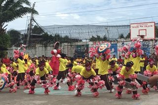WATCH: Bacolod inmates dance for Masskara Festival