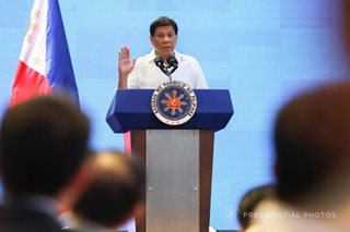 Duterte takes hands-off approach on drug war