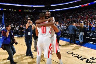 WATCH: Gordon game-winner lifts Rockets over Sixers