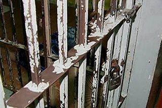 Babaeng nagpapanggap na taga-towing para makapangikil arestado