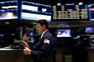 Weak oil weighs on stocks; data puts focus on rate hikes