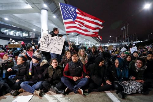 New Trump travel order will aim to short circuit legal challenges