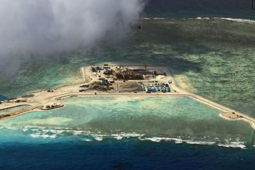 Beijing 'installs missiles' on South China Sea islands