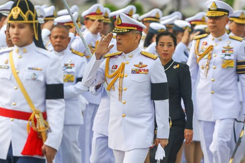 Thai king signs constitution, paving way for election