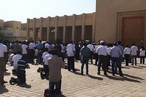 OFWs in Qatar observe Holy Week