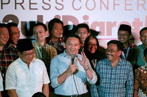 Prosecutors want 1-yr jail term for Jakarta's Christian governor