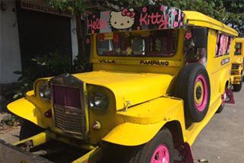 TINGNAN: Hello Kitty jeep pumapasada sa Angeles City