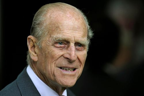 'No injuries of concern' for 97-year-old Prince Philip after car crash